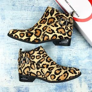 Blondo tami leopard print calf hair booties